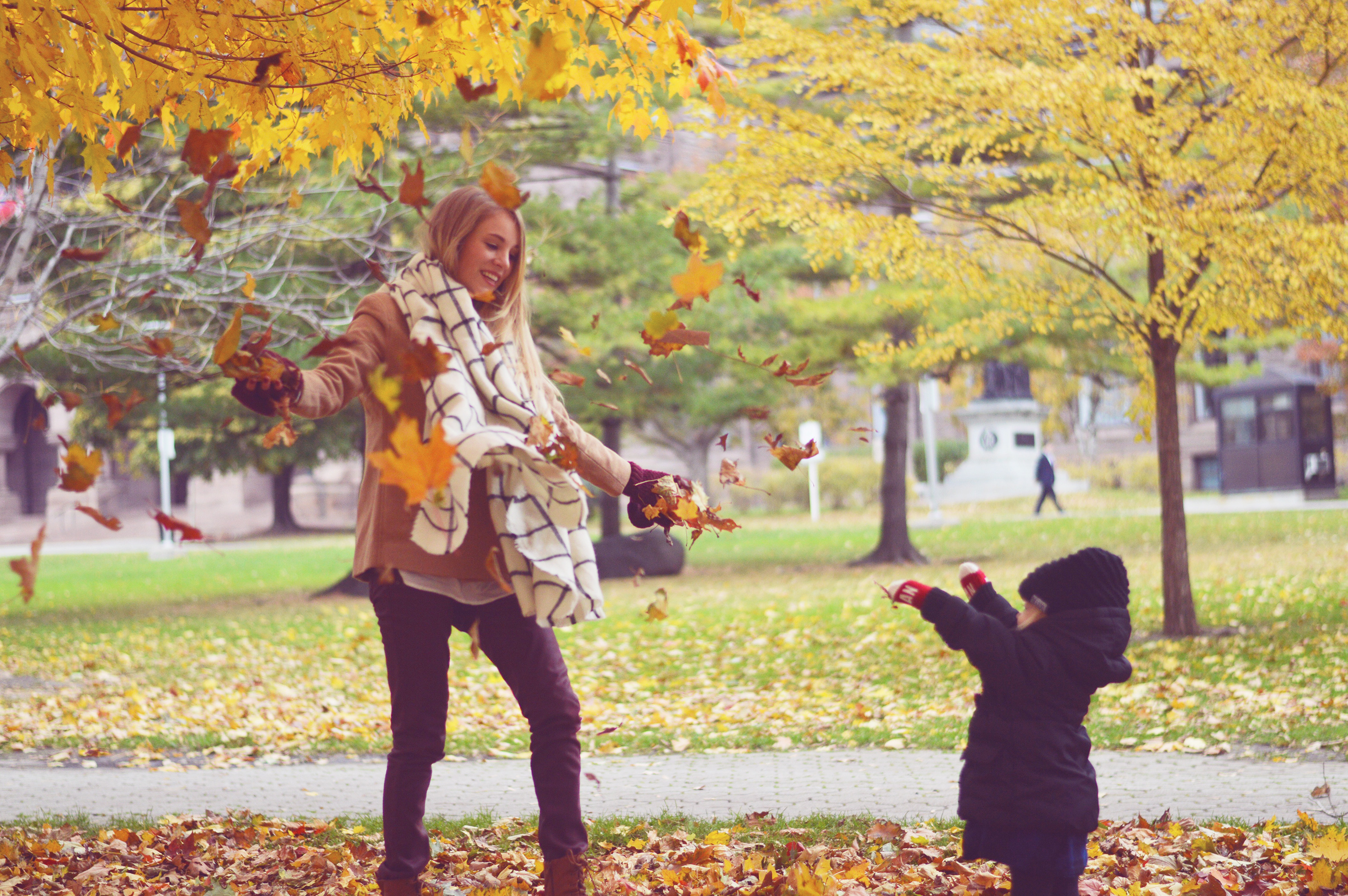 Rachael Burgess & family in Toronto on a fall day