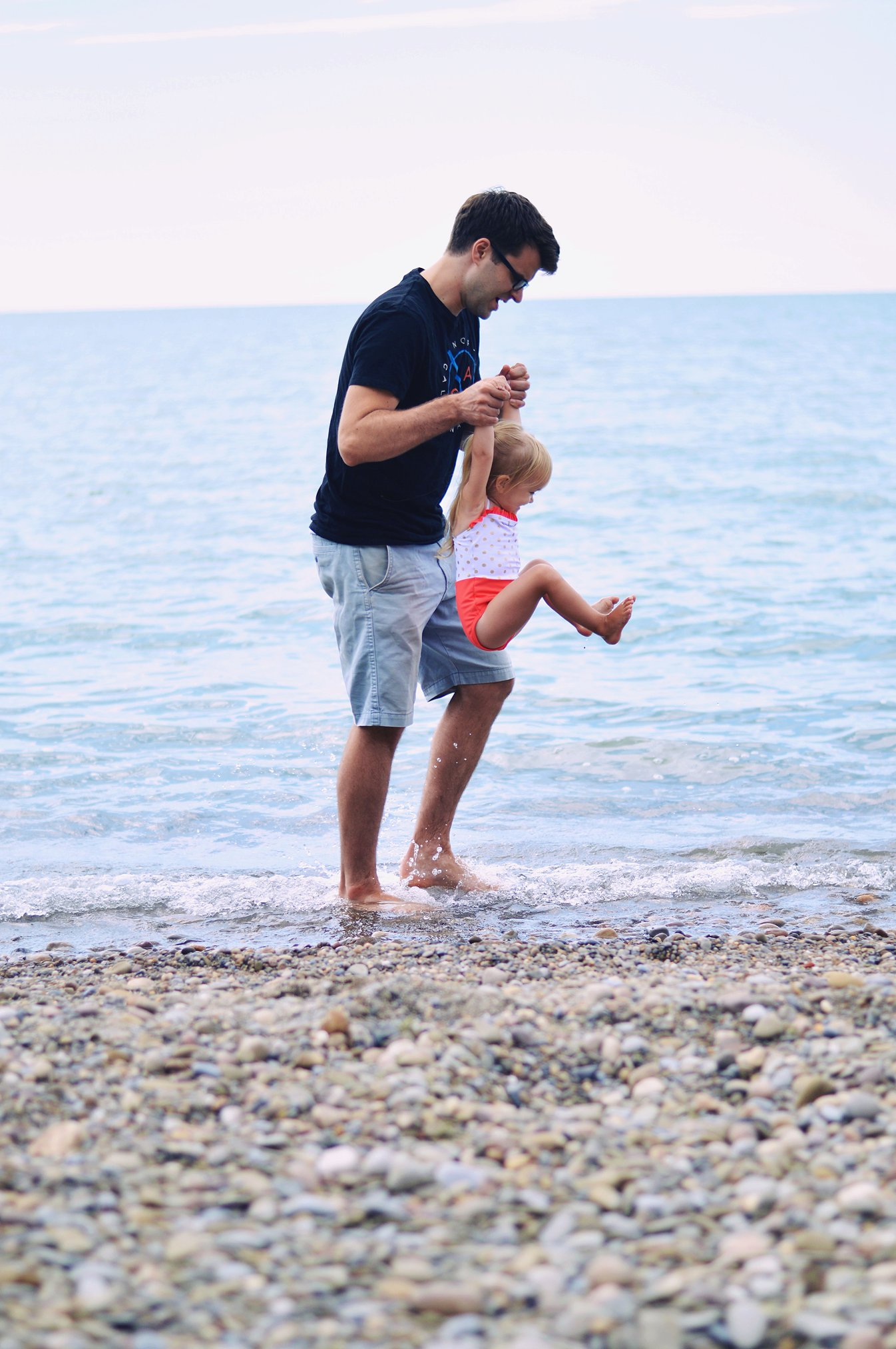 Beach day with my babes + 28 weeks pregnant! by Rachael Burgess